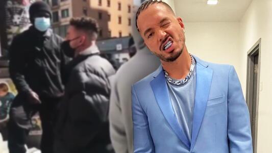 Seguridad no reconoce a J Balvin y lo hacen esperar en linea en una tienda de NY
