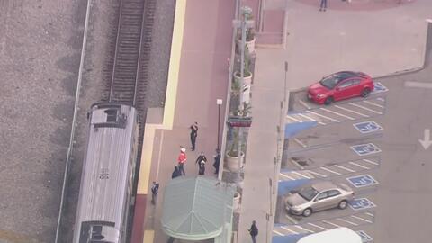 Un hombre resultó herido tras ser arrollado por un tren de Metrolink en el sur de California