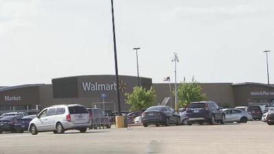 FBI investiga un mensaje en redes sociales con información falsa sobre amenazas de ataques a tiendas Walmart en Chicago