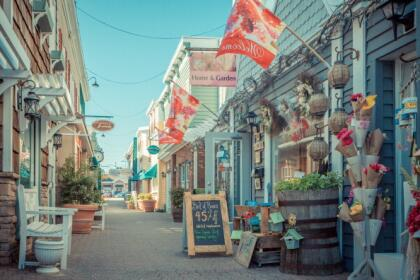 <b>9. Rehoboth Beach, Delaware.-</b> Esta ciudad de 1,496 es el lugar de origen de Dogfish Head, quien es uno de los cerveceros artesanales más populares del país. Asimismo, es el un sitio ideal para relajarse, donde sus visitantes pueden desconectarse del ajetreo de las grandes ciudades. <br>