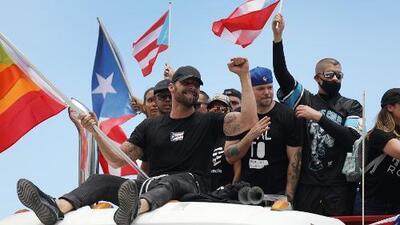 Artistas se unen a una multitud nunca antes vista en Puerto Rico para protestar contra el gobernador Rosselló