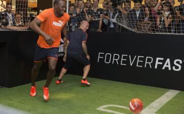 Usain Bolt como futbolista y otros profesionales que probaron en múltiples deportes
