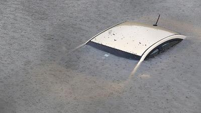 Importante para la temporada de huracanes: cómo escapar de un auto que cae al agua