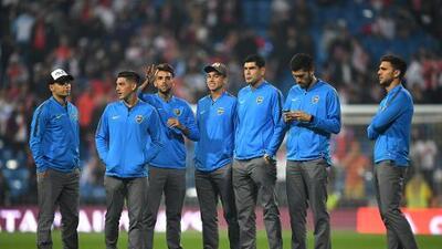 ¡Sanos y salvos! Boca llegó sin contratiempos al Estadio Santiago Bernabéu para la final