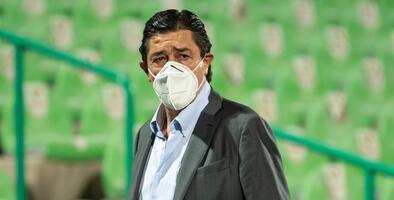 """Luis Fernando Tena: """"El equipo tiene que pesar juegue quien juegue"""""""
