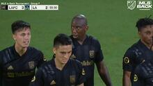 Bradley Wright-Phillips sorprende al portero y LAFC ya derrota 3-2 a LA Galaxy