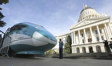 El tren bala de California: un proyecto que se detiene por un frenazo del presidente Trump