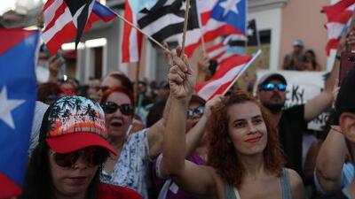 """""""Tiene que renunciar"""": la exigencia de miles de puertorriqueños en el décimo día de protestas contra Rosselló"""