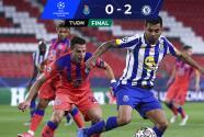 Error del 'Tecatito' y Chelsea saca ventaja importante sobre Porto