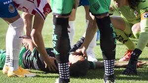 Fuertes imágenes: Prieto cae noqueado por esguince cervical