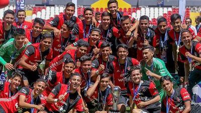 El hijo de 'Rafa' Márquez salió campeón en el Sub-15 de Atlas tras ganarle a Chivas