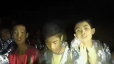 Reanudan operación de rescate de niños tailandeses