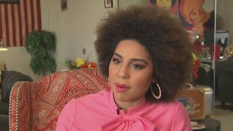 """Joy Villa detalla qué quiso decir al usar un vestido en el que se leía """"construyan el muro"""""""
