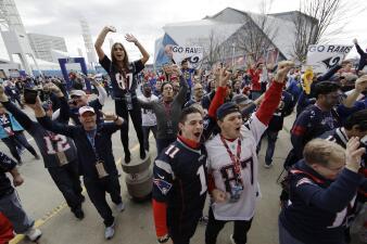 Desde temprano los fanáticos arman la fiesta en Atlanta para el Super Bowl LIII