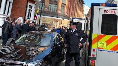 Así sacaron arrestado a Julian Assange el fundador de WikiLeaks de la embajada de Ecuador en Londres