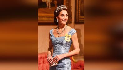 """¿El peor vestido """"ever"""" de Kate Middleton? La duquesa se quiso ver como una reina pero..."""