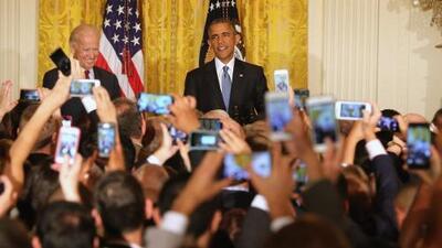 """Obama a activista que le interrumpió en la Casa Blanca: """"No, no, no. Estás en mi casa"""""""