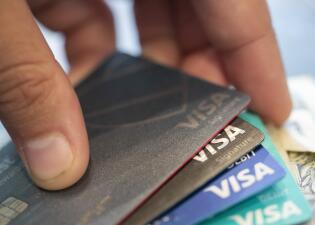Estos son los estados más endeudados por tarjetas de crédito en EEUU