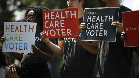 ¿Qué impacto tiene la orden de un juez sobre Obamacare y Covered California?