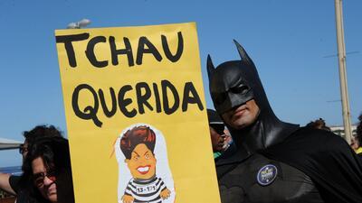 #TchauQueridaDay: ¿puede un hashtag derrocar a un gobierno?
