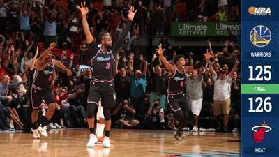 Wade se viste de héroe con tres puntos sobre la chicharra y el Heat le gana a los Warriors