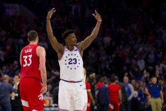 En fotos: Jimmy Butler y Ben Simmons guían al triunfo a los 76ers y habrá Juego 7 ante Raptors