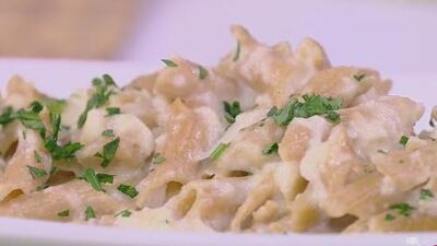 Prepara la receta favorita de las hijas de Michelle Obama: 'Macarrones con queso y un toque de coliflor'