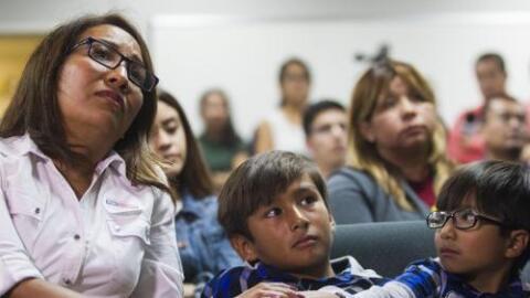 Senado de California aprueba dar seguro médico a indocumentados
