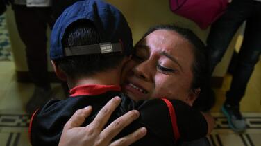 Encuentran 5,600 archivos de posibles familias migrantes separadas por el gobierno de Trump