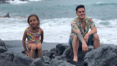 Régulo Caro se despide del 2018: línea de ropa, música y una hija que brilla en Hollywood