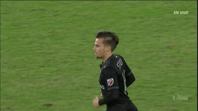 ¡GOOOL! Zoltán Stieber anota para D.C. United