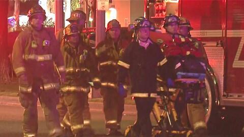 Al menos 3 personas resultaron heridas luego de que el edificio donde viven ardiera en llamas