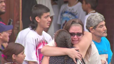 Rinden homenaje en funeral a 6 de los 10 niños fallecidos por un incendio en Chicago