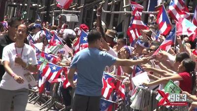 La X enciende la Parada Puertorriqueña