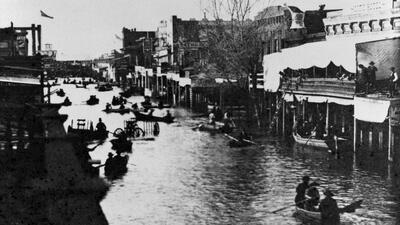 """La historia de la última megatormenta """"ARk"""": cuando las calles de California se convirtieron en ríos"""