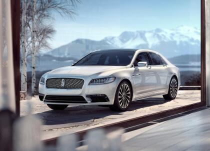 """<h3 class=""""cms-H3-H3""""><b>Lincoln Continental</b></h3> <br> <br> <b>Precio promedio:</b> 24,313 dólares <br> <b>Porcentaje promedio por debajo del valor de mercado: </b>11.8% <br> <b>Ahorro promedio:</b> 3,467 dólares"""