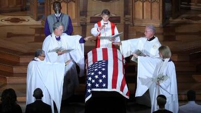 John McCain organizó su propio funeral para mandar un mensaje a EEUU