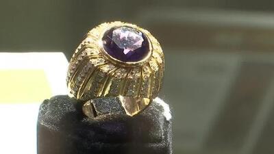 ¿Comprarías las extravagantes joyas de narcotraficantes en una subasta?