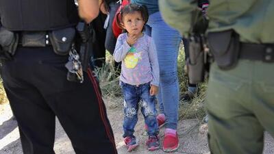 Autoridades federales estarían planeando abrir un centro de detención de menores inmigrantes en Houston