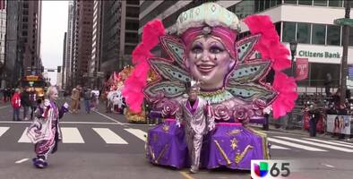 Desfile de los Mummers el día de Año Nuevo, 1º de enero; una tradición de Filadelfia