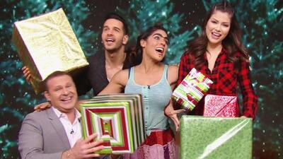Volvimos a grabar la campaña de Navidad de Univision solo para complacer a Mela la Melaza