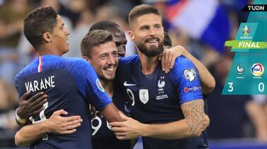 Francia golea 3-0 a una incómoda Andorra