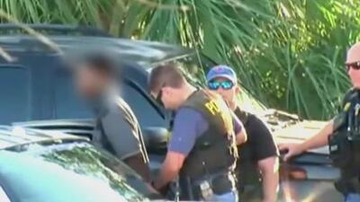Se burlaban por su parecido con el asesino serial que buscaban en Tampa. Y resultó ser él