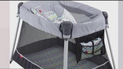 Retiran del mercado 71,000 corralitos de bebés marca Fisher-Price para prevenir accidentes