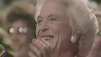 Personalidades en toda la nación lamentan la muerte de la exprimera dama Barbara Bush