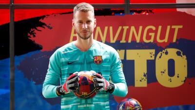 "Neto ya se vistió con la armadura del Barcelona: ""vengo para hacer historia"""