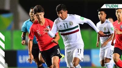 México y Corea del Sur en parejo partido tras 45 minutos