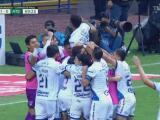 ¡Empatan el global! Puebla logra el 1-0 con un autogol de Santamaría