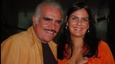 Ahtziri Cárdenas le rinde tributo a su 'tío' Vicente Fernández