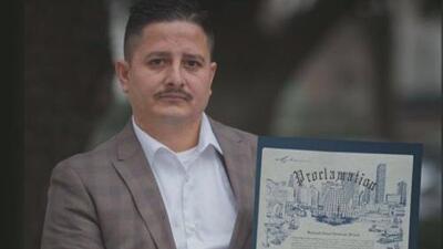 Buscan frenar la deportación del activista detenido por ICE
